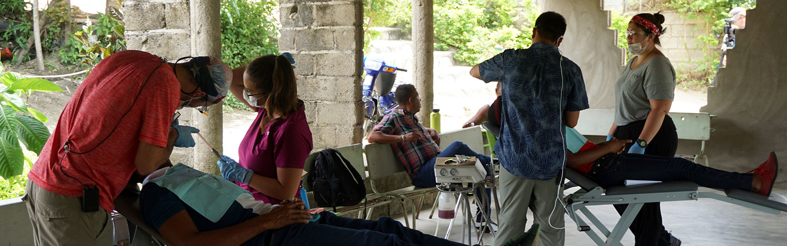 Dental students provide services to patients in the Dominican Republic
